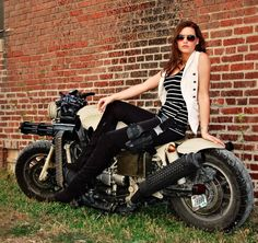 This is the Ultimate Zombie Apocalypse Motorcycle Photos) - Suburban Men - July 2015 Homemade Art, Hot Rides, Biker Girl, Zombie Apocalypse, Bike Life, Custom Bikes, Ducati, Bobber, Harley Davidson
