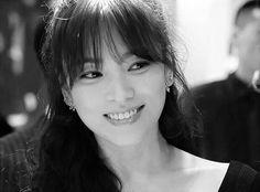 Song Hye Kyo #shk #송혜교 Lorraine, Song Joong Ki Birthday, Sun Song, Korean Drama Series, Songsong Couple, Song Hye Kyo, Beautiful Soul, Beautiful Women, Korean Actors