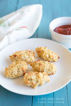 Low carb and dairy-free these Pepperoni pizza tater tots are not only healthy, they're delicious!