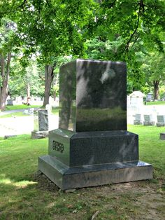 Local legends surrounding the mysterious face of a woman showing in a white marking on a granite gravestone in Penn Yan How To Dry Rosemary, How To Dry Oregano, How To Dry Basil, Pot Roast Seasoning, Seasoning Mixes, Penn Yan, Relish Trays, State Foods, Local Legends