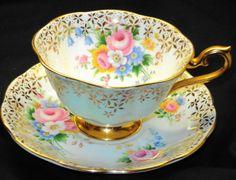 ROYAL ALBERT ROSE BOUQUET BLUE WHITE GOLD TEA CUP AND SAUCER ca.picclick.com