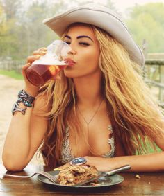 Beyoncé ❥ ☼Pinterest : @uniquenaja ☼