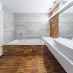 These bathroom interior design pictures are available to help inspire you as you work with the interior designs of one of the most important rooms in the house. Interior Design Pictures, Interior Photo, Bathroom Interior Design, Kitchen Interior, Bright Apartment, Apartment Design, Relaxing Bathroom, Wood Tile Floors, Bucharest