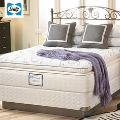 Se tem uma coisa que a Sealy aprendeu em mais de 120 anos de história, foi que a escolha da cama e do colchão é fundamental para levar uma vida leve e saudável. Dormir em um Sealy é como dormir numa nuvem. Descubra esse conforto!