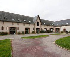 Centre EPIDE de Combrée 1, rue du Chevalier d'Avoynes - BP 3 49 520 Combrée *Tél. : 02 41 94 94 14 - Plus d'infos : http://www.epide.fr/a-propos-de-lepide/nos-centres/detail-centre/?centre=13&cHash=a1f93279683534976d958cf5aebb5452