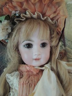 Tete Jumeau Bebe Size 9 Antique French Bisque Doll, Closed Mouth, 20 Inches!