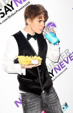 justin bieber funny faces | Just Cool Pics: Beliebers Can Never Say Never To Justin Bieber