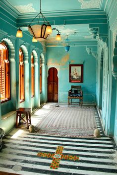 Curly Traveller: City Palace, Udaipur