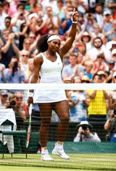 In honor of the US-Open, check out 7 reasons Serena Williams should be your favorite tennis player, too.
