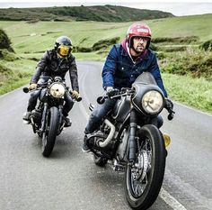 fr : Ride in life Motorcycle always nice Cafe Racer Style, Custom Cafe Racer, Bmw Cafe Racer, Cafe Racer Motorcycle, Moto Bike, Bike Style, Moto Style, Motorcycle Style, Vintage Bikes
