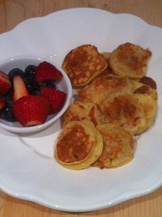 A recipe for a simple, nutritious 3 ingredient pancake breakfast.
