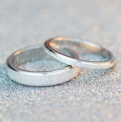 This stunning unique wedding band features beautiful embedded frosted pave cryst wedding Rings engagement Simple Wedding Bands, Stackable Wedding Bands, Silver Wedding Bands, Wedding Rings Solitaire, Wedding Rings Vintage, Halo Engagement Rings, Bridal Rings, Diamond Wedding Bands, Diamond Rings