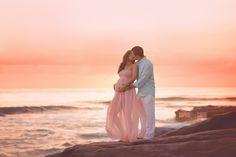 La Jolla Maternity Beach Session at Windansea