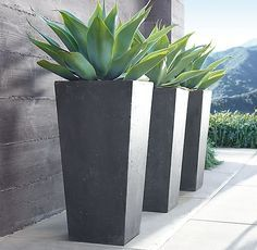 Garden design RH's Weathered Cast Stone Cube Planters:Streamlined by design, our lightweight planters capture the appeal of stone weathered by the elements. Crafted from enduring fiberstone, they offer portability and superior weather resistance. Stone Planters, Tall Planters, Modern Planters, Outdoor Planters, Cheap Planters, Large Garden Planters, Outdoor Pergola, Backyard Pergola, Garden Container
