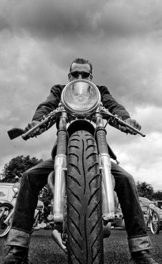 Cafe racer style