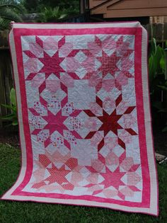 Swoon in pinks quilt...pretty for a young lady.