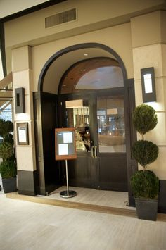 Marche Moderne In Costa Mesa South Coast Plaza 3333 Bristol St Ca 92626 Find This Pin And More On French Restaurants Orange County