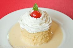 Tres leches cake!  I loveeeee tres leches cake!!! A very sweet, saturated cake...with very sweet frosting on top.