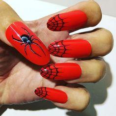 Today's Halloween nails: Black Widow!! BOO!  unhas Viuva Negra! #beauty #halloween #haloweennails #notd #nails #nailart #unhas #unhadodia #unhasdasemana #fakenails #fashion #boo #scary #blackwidow #viuvanegra #havefun