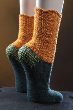 "Ravelry: neuehobbytheke's Socken ""Italien"" ~ pinning here to remind me to adapt to an english language sock pattern ..... fab colours"