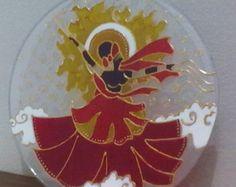 Mandala em vidro 3mm, com 30cm de diâmetro, arte em verniz vitral. Sob encomenda. Para outros tamanhos, consulte a disponibilidade por mensagem inbox na página do Face: www.facebook.com/ateliermandalli ou por Whatsapp: 5182783613 #art   #artesanato   #arte   #Orixá   #Orixás   #Mandala   #AtelierMandalii   #Axé   #Fé   #Umbanda   #candomblé   #MandalaVitral   #MandalaEmVidro   #Glass   #glassart