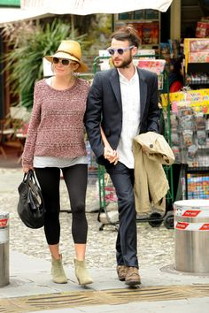 Sienna Miller Photo - Sienna Miller Relaxes in Italy