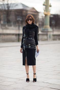 la modella mafia Carine Roitfeld - Fall 2013 fashion week editor street style via hbz