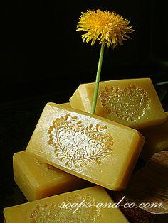 Gyógynövényes szappanok Perfume, Milk Soap, Soap Making, Homemaking, Herbalism, Cleaning, Soaps, Health, How To Make