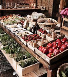 market, market stall display, cafe display, p Market Stall Display, Farmers Market Display, Cafe Display, Market Displays, Market Stalls, Produce Market, Farmers' Market, Display Ideas, Rustic Food Display