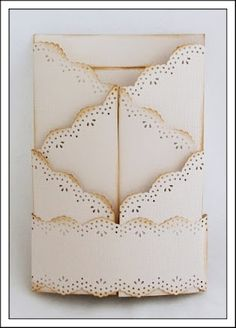 """Mariannes papirverden.: Double zig zag card - Tutorial Two pieces of cardstock: 6"""" * 10"""" Score the first cardstock at : 4"""" – 6"""" – 8"""" Do the same with the other cardstock, but now you start from the right side.  Now cut the """"zig zag"""" part of the cardstock like you see in the picture. Start 2 ¼"""" from the bottom, and end ¼"""" from the last score line. This ¼"""" is for the border punch:)"""