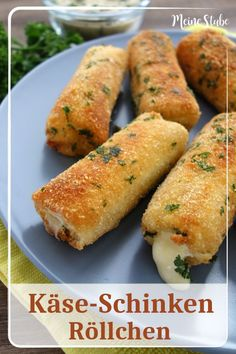 Käse-Schinken-Röllchen in knuspriger Parmesan-Panade - MeineStube - Käse Schinken Röllchen Fingerfood La mejor imagen sobre diy para tu gusto Estás buscando algo y - Party Finger Foods, Snacks Für Party, Easy Snacks, Healthy Snacks, Easy Meals, Clean Eating Breakfast, Clean Eating Meal Plan, Clean Eating Recipes, Clean Eating Snacks