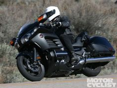 2013 Honda Gold Wing F6B | First Ride - Motorcyclist magazine