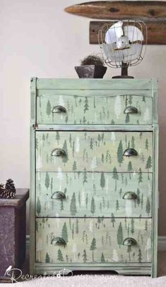 Outdoor Inspired Milk Painted Furniture #makeover #outdoorinspired #milkpaint #furniture #dresser #bedroom #paint #DIY