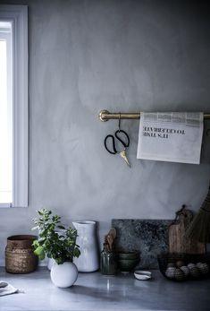 Anna Kubel - Just another Lovely Life site: Kalkfärg från Jotun i kulören Smooth white.