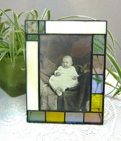 Stained Glass Picture Frame for 4 x 6 Photo, Lime Green, Raspberry, Blue, Yellow, Home Decor, OOAK,. $40.00, via Etsy. Interesting - Triangles on each side to create it's own stand