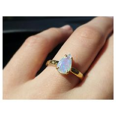 Opal ring by Gaby Marcos Atelier