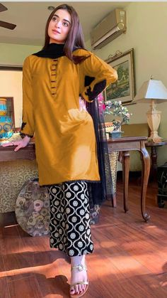 Fancy Dress Design, Girls Frock Design, Stylish Dress Designs, Designs For Dresses, Latest Dress Design, Pakistani Fashion Party Wear, Pakistani Fashion Casual, Indian Fashion Dresses, Indian Designer Outfits
