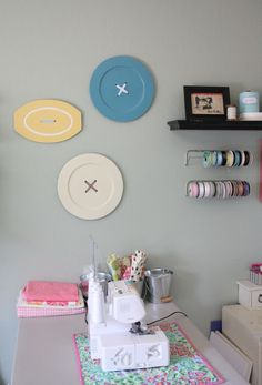 Craft room decor - giant buttons made from thrift platters and bases. One day ill have a craft room. Sewing Room Decor, Craft Room Decor, Sewing Room Organization, Craft Room Storage, My Sewing Room, Sewing Rooms, Home Decor, Craft Rooms, Wall Decor