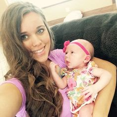 Jessa and her new neice, Meredith
