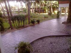 http://www.pavimentoscarrera.com/index.php/productos/pavimentos-impresos/hormigon-impreso