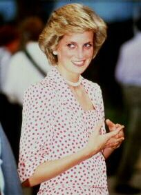 November 8, 1985: Princess Diana at the Kahala Hilton Hotel, Hawaii for an 18-hour stay before beginning their trip to the United States mainland.