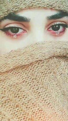 Beautiful Eyes Images, Most Beautiful Eyes, Lovely Eyes, Beautiful Girl Image, Beautiful Hijab, Crying Eyes, Crying Girl, Hijabi Girl, Girl Hijab