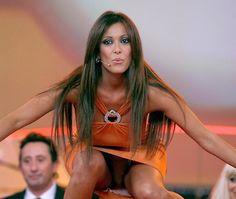 """Chi è Sara Varone, """"sexy sosia"""" della Ferilli che inguaia Bettarini / Foto - http://www.sostenitori.info/sara-varone-sexy-sosia-della-ferilli-inguaia-bettarini-foto/257455"""
