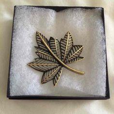 Vintage Leaf Brooch - Mercari: Anyone can buy & sell