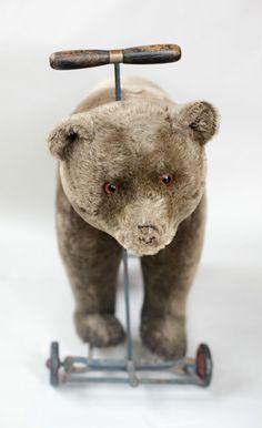 Antique Steiff Mohair Bear on Cast Iron Wheels circa 1910 Antique Teddy Bears, Rabbits, Cast Iron, Wheels, Felt, Dolls, Retro, Antiques, Animals