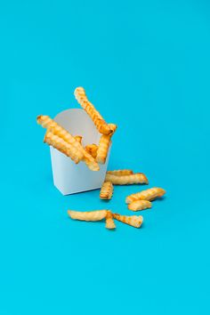 "This Is What 100 Calories Looks Like #refinery29  http://www.refinery29.com/100-calorie-snacks#slide9  French Fries: 15 (2.8 oz) per 100 calories Here's the thing about fries: They give potatoes a bad name. As Jaffe notes, ""The simple potato isn't the culprit. Deep-fat frying destroys nutrients and infuses the potato with trans fats and a ton of calories. Additionally, foods that are high in salt and fat, and low in nutrients, don't nourish the system, so we eat more of them as our body ..."