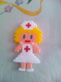 Enfermera. Hama Beads Mini.