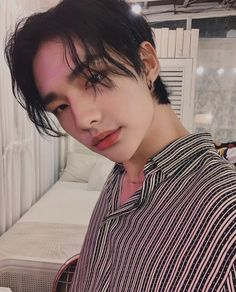 Discover recipes, home ideas, style inspiration and other ideas to try. Sweet Boys, Nct, Sung Lee, Looks Dark, Felix Stray Kids, Shared Folder, Lee Know, Lee Min Ho, Boyfriend Material