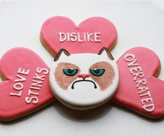 Grumpy Cat Anti-Valentine's Day Cookies