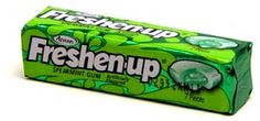 Freshen Up gum. This was awesome gum. Loved the soft, liquid middle. Best Gum Ever! 1970s Candy, Retro Candy, Vintage Candy, Vintage Sweets, My Childhood Memories, Great Memories, School Memories, 1970s Childhood, Nostalgia